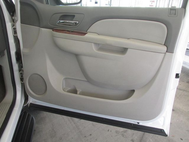 2010 Chevrolet Suburban LT Gardena, California 12