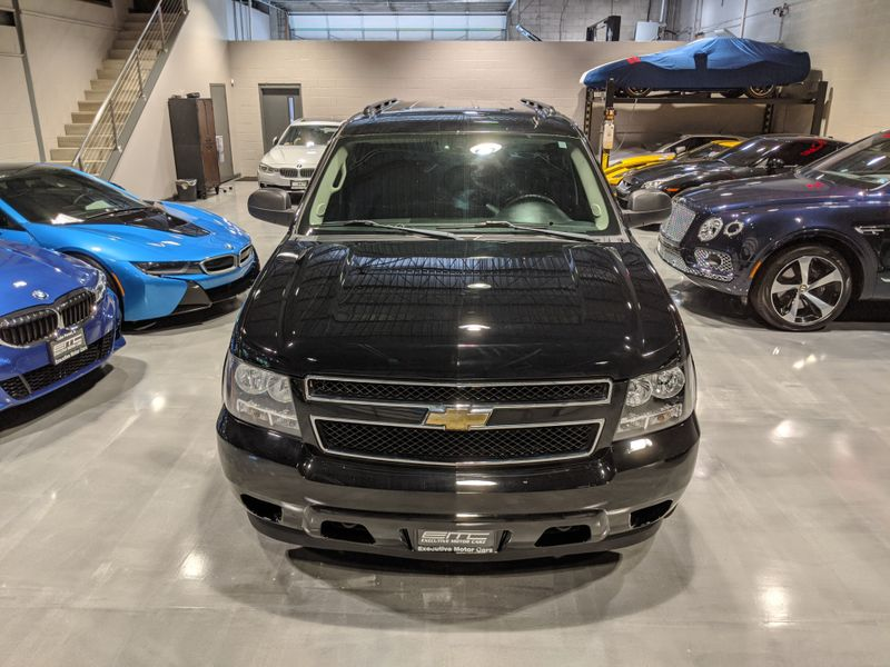 2010 Chevrolet Suburban LS  Lake Forest IL  Executive Motor Carz  in Lake Forest, IL