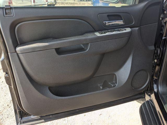 2010 Chevrolet Suburban LS in Pleasanton, TX 78064