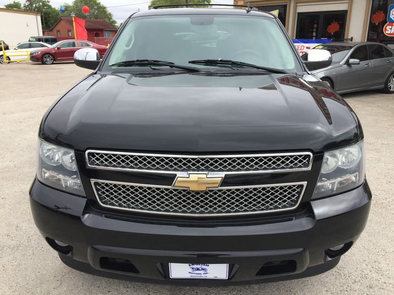 2010 Chevrolet Tahoe LTZ  Brownsville TX  English Motors  in Brownsville, TX