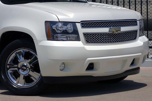 2010 Chevrolet Tahoe LTZ * Roof * DVD * Quads * PWR BOARDS * Blind Spot Plano, Texas 22
