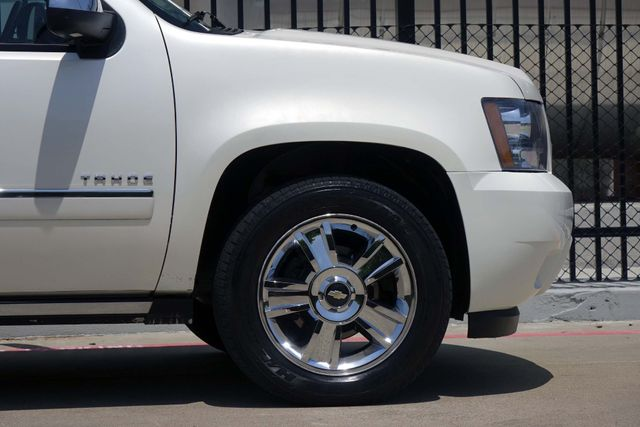 2010 Chevrolet Tahoe LTZ * Roof * DVD * Quads * PWR BOARDS * Blind Spot Plano, Texas 33