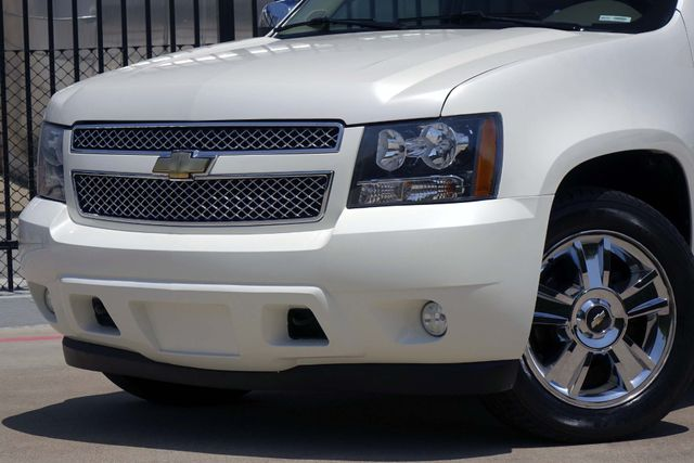 2010 Chevrolet Tahoe LTZ * Roof * DVD * Quads * PWR BOARDS * Blind Spot Plano, Texas 23
