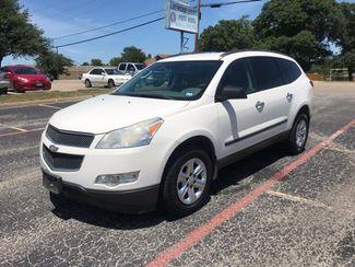 2010 Chevrolet Traverse LS | Ft. Worth, TX | Auto World Sales LLC in Fort Worth TX