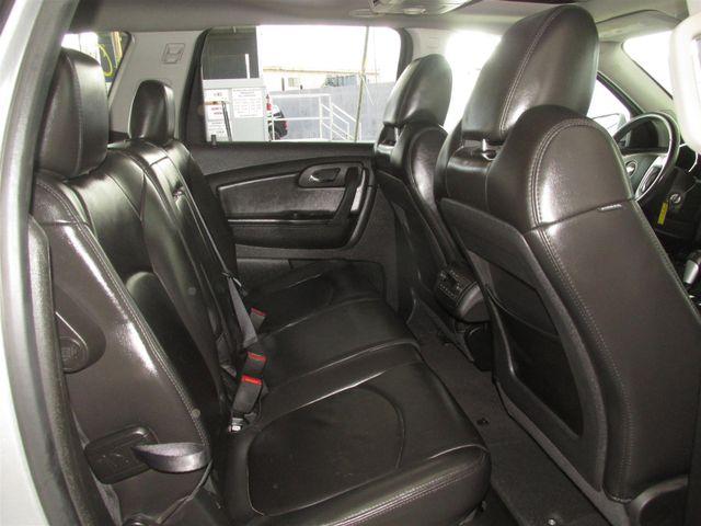 2010 Chevrolet Traverse LT w/2LT Gardena, California 12