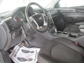 2010 Chevrolet Traverse LT w/2LT Gardena, California 4