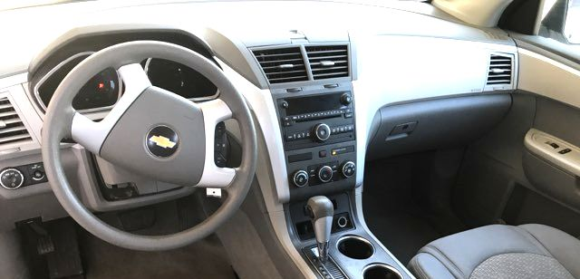 2010 Chevrolet-3 Owner!! Carfax Clean! Traverse-CARMARTSOUTH.COM LS-17 YEARS IN BUSINESS!! Knoxville, Tennessee 9