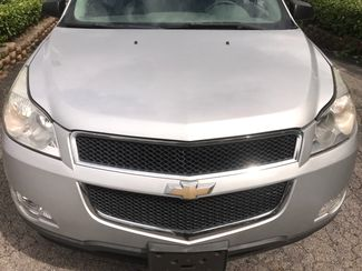 2010 Chevrolet-3 Owner! 3rd Row! Traverse-BUY HERE BUY HERE  LS-CARMARTSOUTH.COM Knoxville, Tennessee 1