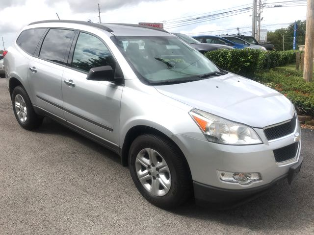 2010 Chevrolet Traverse LS Knoxville, Tennessee