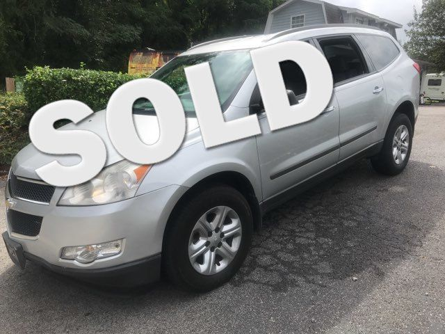 2010 Chevrolet Traverse LS Knoxville, Tennessee 3