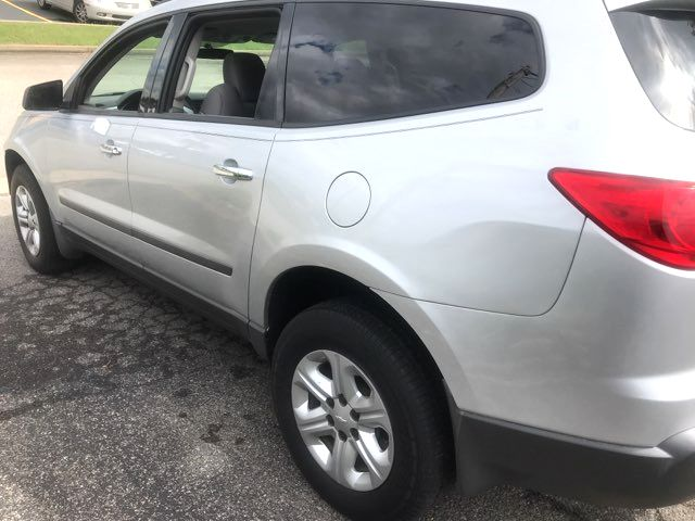 2010 Chevrolet-3 Owner! 3rd Row! Traverse-BUY HERE BUY HERE  LS-CARMARTSOUTH.COM Knoxville, Tennessee 3