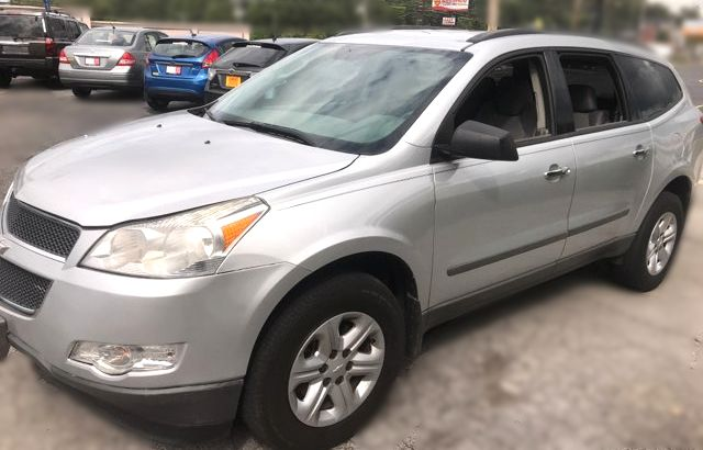 2010 Chevrolet Traverse LS Knoxville, Tennessee 4