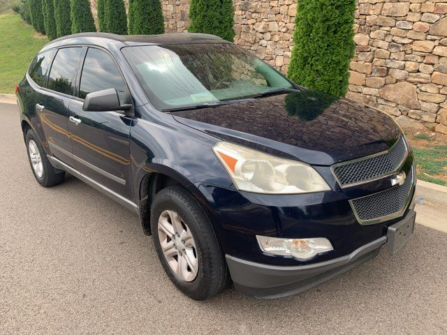 2010 Chevrolet Traverse LS in Knoxville, Tennessee 37920