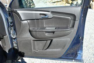 2010 Chevrolet Traverse LT Naugatuck, Connecticut 10