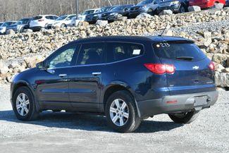 2010 Chevrolet Traverse LT Naugatuck, Connecticut 2