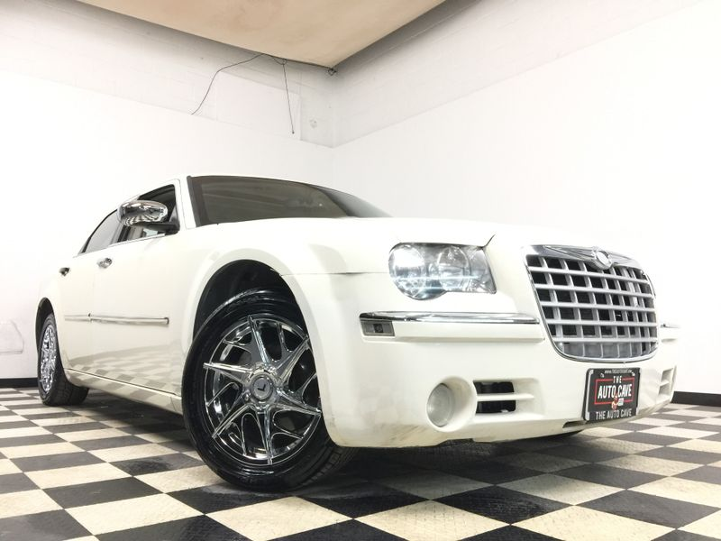 2010 Chrysler 300 *Get APPROVED in Minutes!*   The Auto Cave in Addison