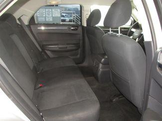2010 Chrysler 300 Touring Gardena, California 12