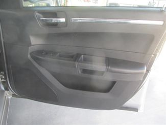 2010 Chrysler 300 Touring Gardena, California 13