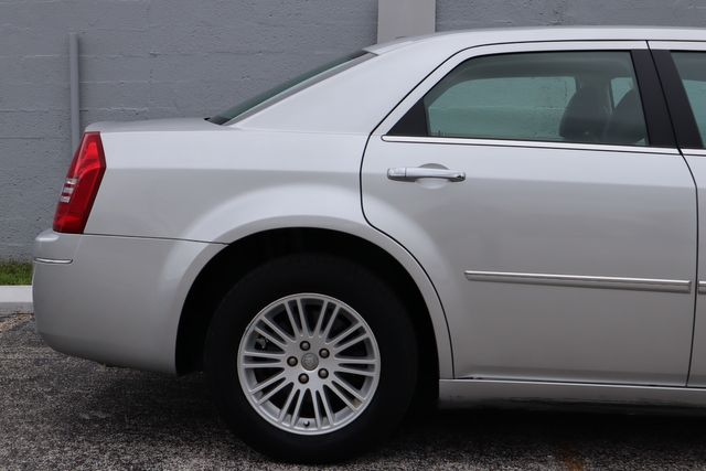2010 Chrysler 300 Touring Hollywood, Florida 42
