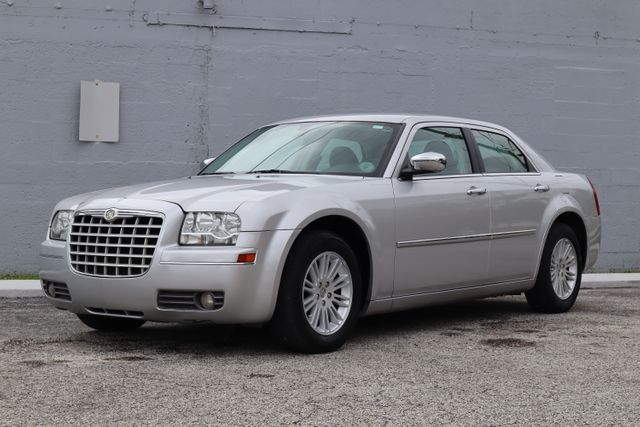2010 Chrysler 300 Touring Hollywood, Florida 34