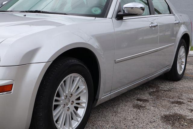 2010 Chrysler 300 Touring Hollywood, Florida 12