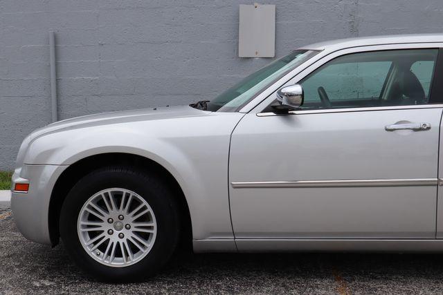 2010 Chrysler 300 Touring Hollywood, Florida 40
