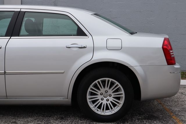 2010 Chrysler 300 Touring Hollywood, Florida 41