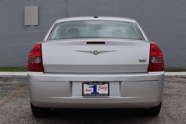 2010 Chrysler 300 Touring Hollywood, Florida 52
