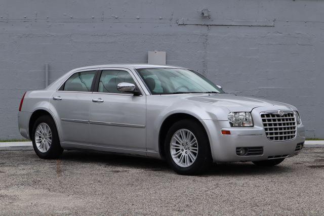 2010 Chrysler 300 Touring Hollywood, Florida 14