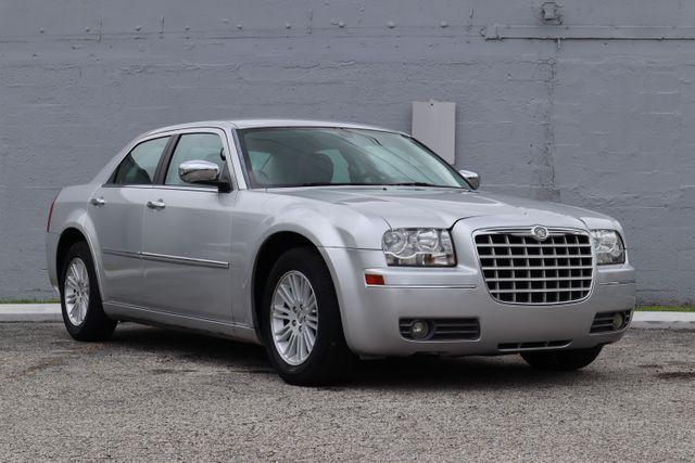 2010 Chrysler 300 Touring Hollywood, Florida 25