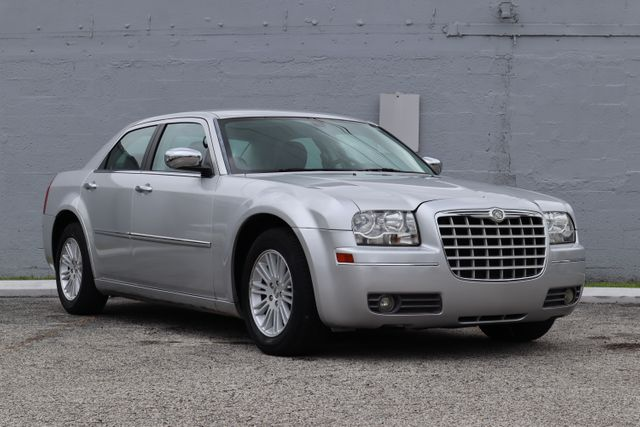 2010 Chrysler 300 Touring Hollywood, Florida 48
