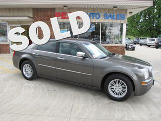 2010 Chrysler 300 Touring in Medina, OHIO 44256