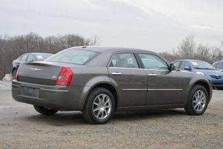 2010 Chrysler 300 Touring Naugatuck, Connecticut 4