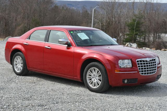 2010 Chrysler 300 Touring Naugatuck, Connecticut 6