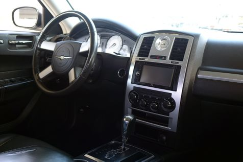 2010 Chrysler 300 Touring* Leather* Runs and Drives Great*   Plano, TX   Carrick's Autos in Plano, TX