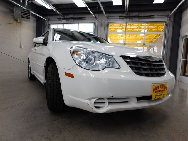 2010 Chrysler Sebring Limited in Airport Motor Mile ( Metro Knoxville ), TN 37777