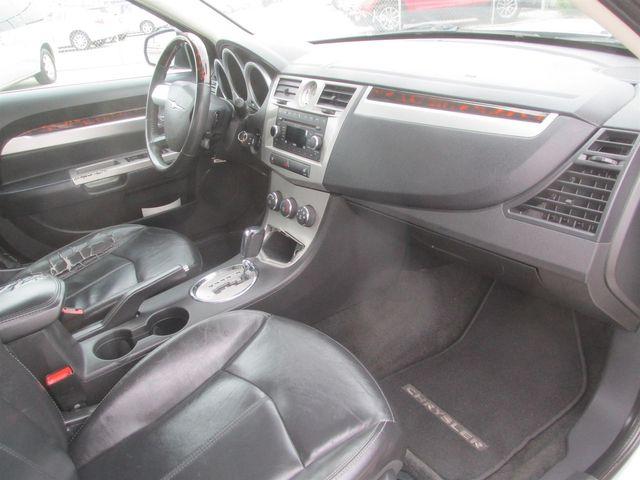 2010 Chrysler Sebring Limited Gardena, California 8
