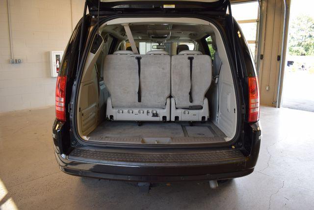 2010 Chrysler Town & Country Wheel Chair Van in Airport Motor Mile ( Metro Knoxville ), TN 37777