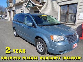 2010 Chrysler Town & Country Touring in Brockport NY, 14420