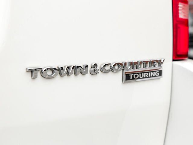2010 Chrysler Town & Country Touring Burbank, CA 19