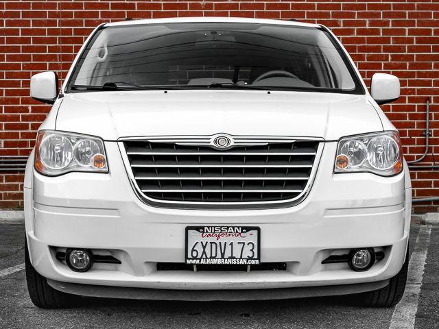 2010 Chrysler Town & Country Touring Burbank, CA 2