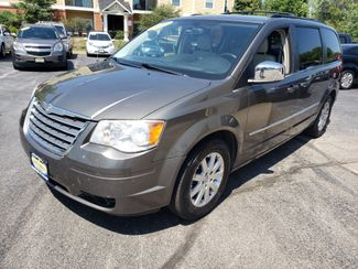 2010 Chrysler Town & Country Touring Plus   Champaign, Illinois   The Auto Mall of Champaign in Champaign Illinois