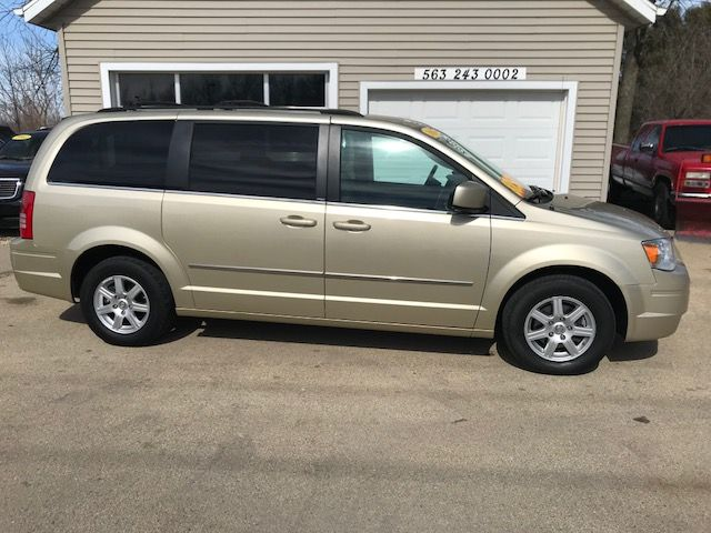 2010 Chrysler Town & Country Touring Plus in Clinton, IA 52732