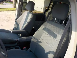 2010 Chrysler Town & Country Touring Fayetteville , Arkansas 10
