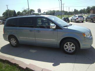 2010 Chrysler Town  Country Touring Plus  city NE  JS Auto Sales  in Fremont, NE