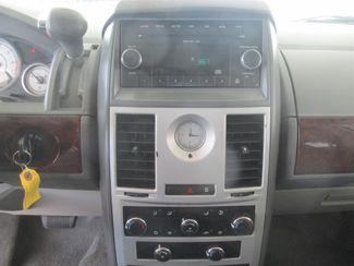 2010 Chrysler Town & Country LX Gardena, California 6