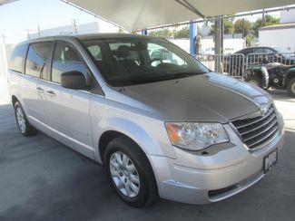 2010 Chrysler Town & Country LX Gardena, California 3