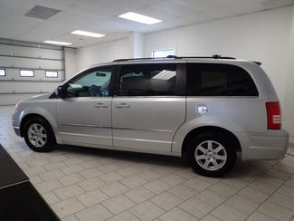 2010 Chrysler Town & Country Touring Plus Lincoln, Nebraska 1