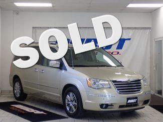 2010 Chrysler Town & Country Limited Lincoln, Nebraska