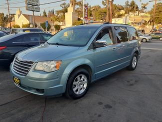 2010 Chrysler Town & Country Touring Los Angeles, CA 0